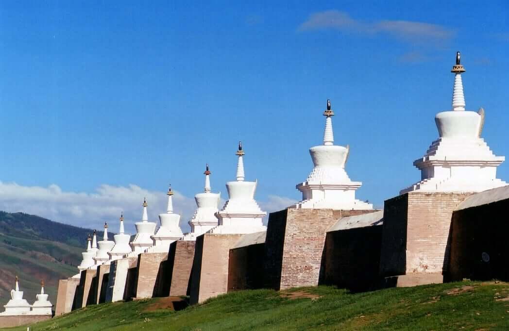 Kharkhorin Erdene Zuu & Khogno khan